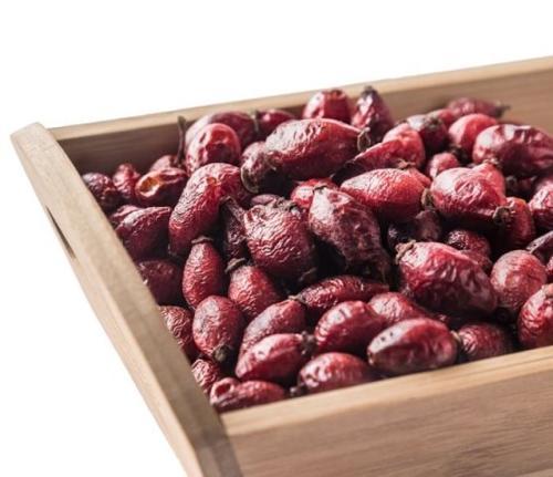 Rosehip berries // Frūctūs Rosae