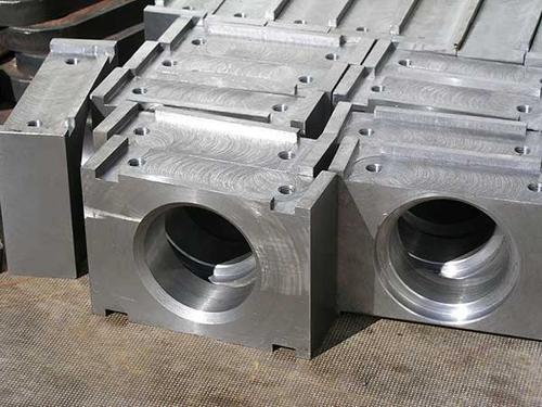 Cięcie blach grubych gazem ze sterowaniem CNC