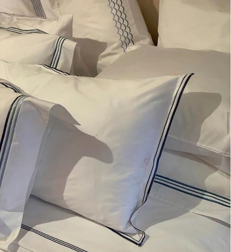 Подушки и наволочки