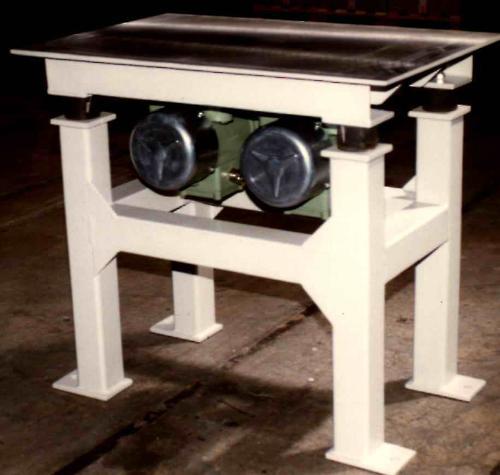 Vibrating table, hopper vibrator - Compacting, loosening