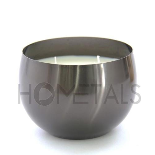 Aromatic candle in premium black candle containers