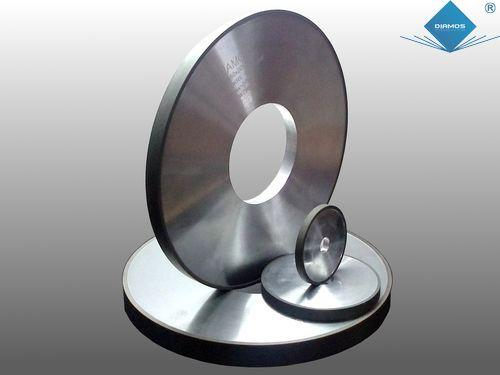 Diamond/CBN grinding wheels in resin and vitrified bond