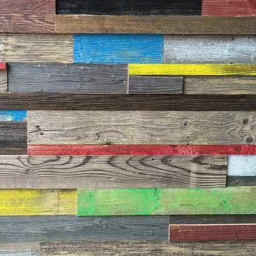Bardage en vieux bois coloré